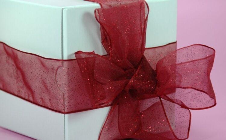 Alege cadouri inspirate pentru oamenii dragi din viața ta – Redactat de: E. Baicu